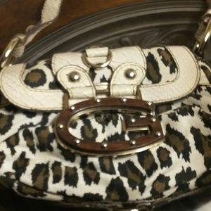 Gorgeous Leopard Print Guess Boutique Handbag